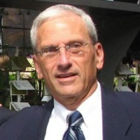 Recovery and Trauma Expert Dr. Arthur Trotzky on Mental Health News Radio